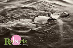 prenatal swimming esali birth roberts family photo